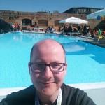 A Maze Pool Selfie